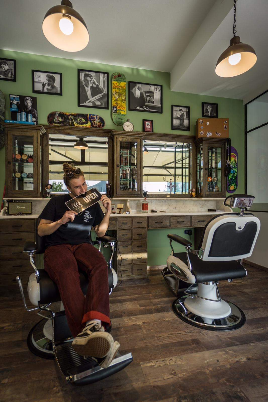 Barberchair   Barber furniture   Vintage   Handcrafted with pride   Worldwide delivery   Barbershop style   Best for barbers   High quality furniture